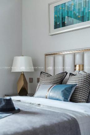 现代简约 现代 时尚 白领 小资 收纳 混搭 未来家 定制家 卧室图片来自二十四城装饰(集团)昆明公司在恒泰滇池名门  现代简约的分享