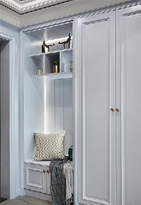 玄关图片来自家装大管家在春暖花开 112平美式温馨时尚3居的分享
