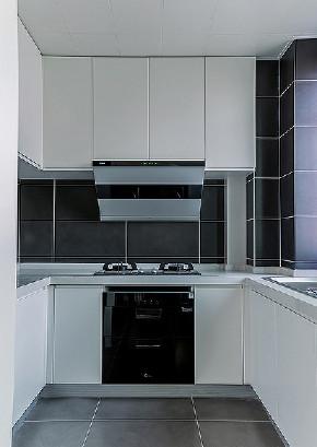 厨房图片来自家装大管家在舒适的家 78平简约现代时尚空间的分享