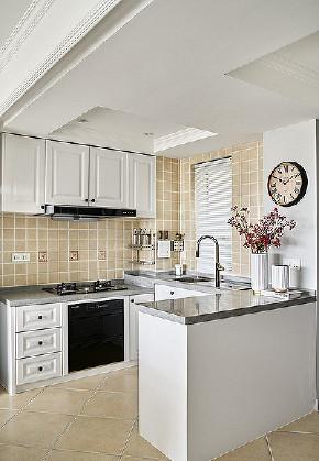 厨房图片来自家装大管家在自由与贵气 96平美式轻奢两居室的分享
