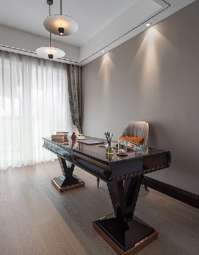书房图片来自家装大管家在稳重优雅 140平现代美式混搭3居的分享