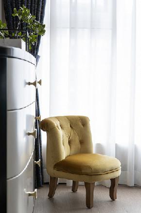 卧室图片来自家装大管家在稳重优雅 140平现代美式混搭3居的分享