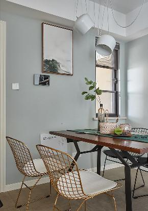 餐厅图片来自家装大管家在116平现代混搭3居 心动的感觉的分享