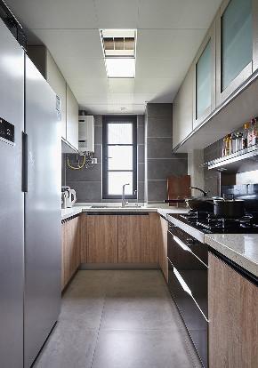 厨房图片来自家装大管家在116平现代混搭3居 心动的感觉的分享