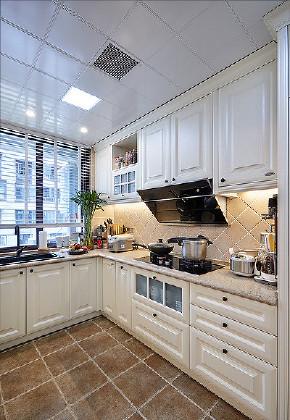 厨房图片来自家装大管家在美观实用 130平美式田园混搭3居的分享