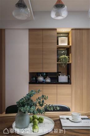 装修设计 装修完成 现代风格 休闲多元 玄关图片来自幸福空间在79平,简约通透,自然系木质好宅的分享