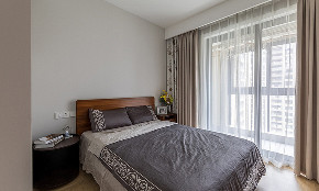 卧室图片来自家装大管家在145平现代舒适3居 低调奢华世界的分享