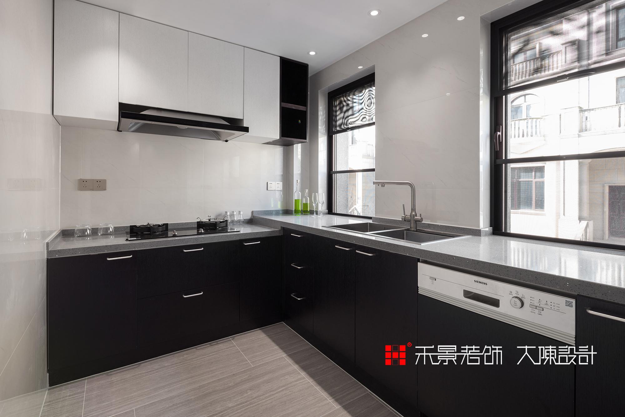 别墅 小资 厨房图片来自禾景大陈设计在禾景作品丨适度设计,顺势而为的分享