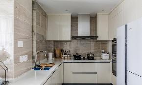 厨房图片来自家装大管家在145平现代舒适3居 低调奢华世界的分享
