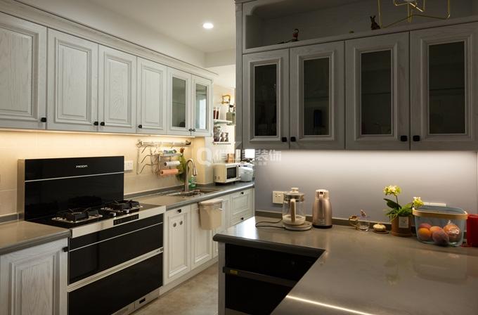 简约 三居 厨房图片来自俏业家装饰在北大资源博雅东_简美风格装修的分享