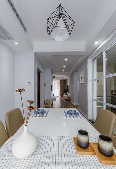 餐厅图片来自家装大管家在美轮美奂 98平日式北欧混搭空间的分享