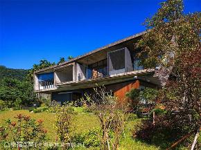 装修设计 装修完成 别墅 阳台图片来自幸福空间在311平,轻触大地 (建筑篇)的分享