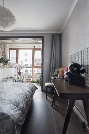 三居 混搭 收纳 旧房改造 久栖设计 室内设计 装修设计 色彩 软装 卧室图片来自久栖设计在【久栖设计】颜色采集站的分享