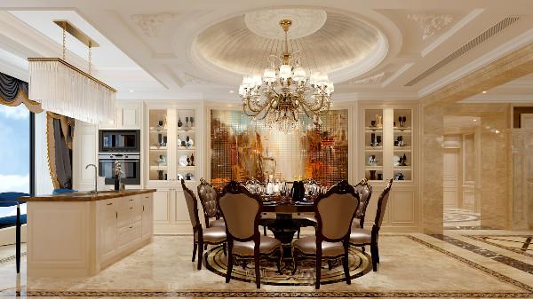 餐厅精致的白色木作柜体,欧式成熟细致的线条搭配圆形穹顶,烘托内敛优雅的大宅风范。吧台的设计,增加了家庭的互动性。