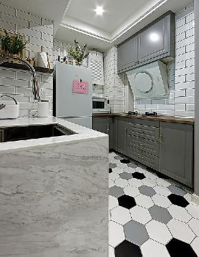 厨房图片来自家装大管家在舒适温馨 86平炫彩简约时尚家的分享