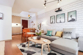 客厅图片来自家装大管家在90平北欧原木空间 简约而舒适的分享