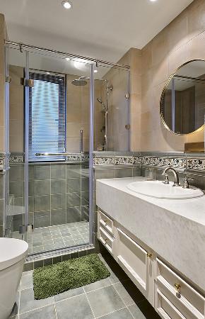 卫生间图片来自家装大管家在135平美式活力3居 生机无限可能的分享