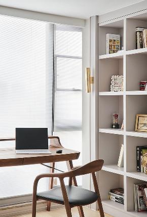 书房图片来自家装大管家在135平美式活力3居 生机无限可能的分享