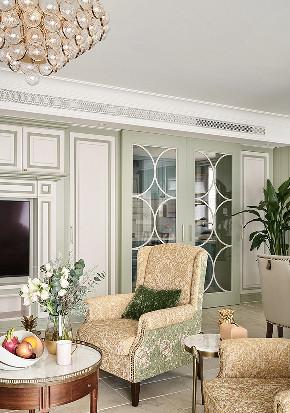 客厅图片来自家装大管家在135平美式活力3居 生机无限可能的分享