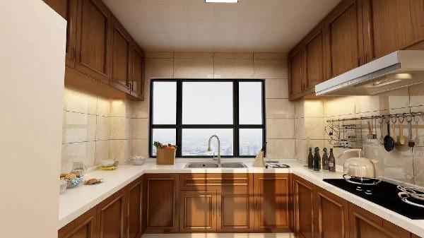厨房宽敞通透,干净利落,回形设计更能将其功能性居间特质发挥到恰到好处。橱柜的上下区分也能很好的起到收纳作用。