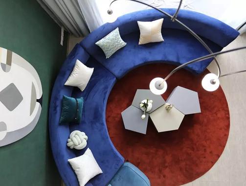 """100㎡清新小复式!个性圆形沙发区,2个客厅,还将""""热带雨林""""搬回家!"""