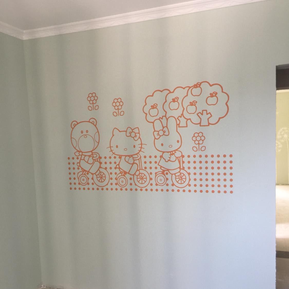 可爱的儿童墙竣工满意