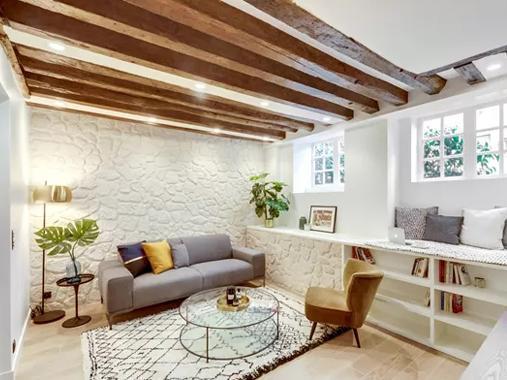 花47万改装个地下室?60㎡改出两室一厅还有飘窗,值了!
