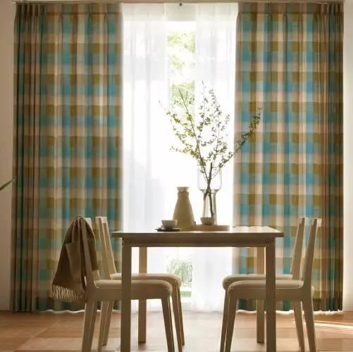你还在洗窗帘吗?看看以下几种方法,比洗还干净
