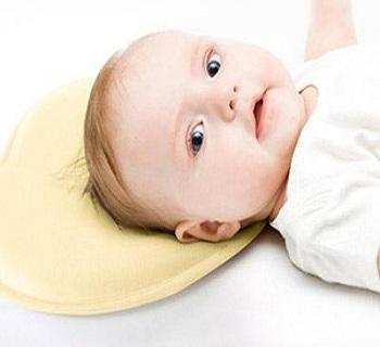 初生婴儿能枕枕头吗
