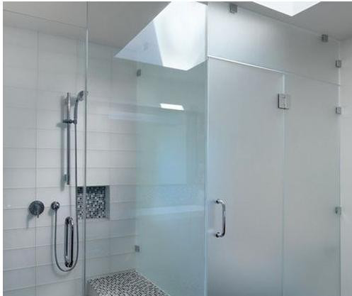 浴室的玻璃門怎么清潔