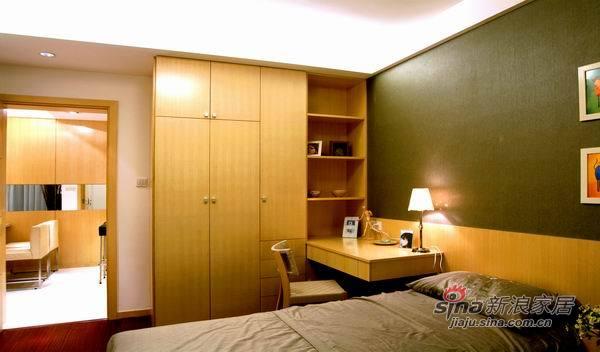 现代 三居 卧室图片来自佰辰生活装饰在9万装100平简约而又温馨家30的分享