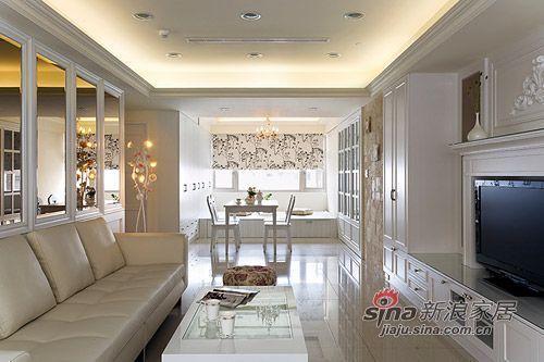 美式 三居 客厅图片来自用户1907685403在8万营造105平美式浪漫3居47的分享