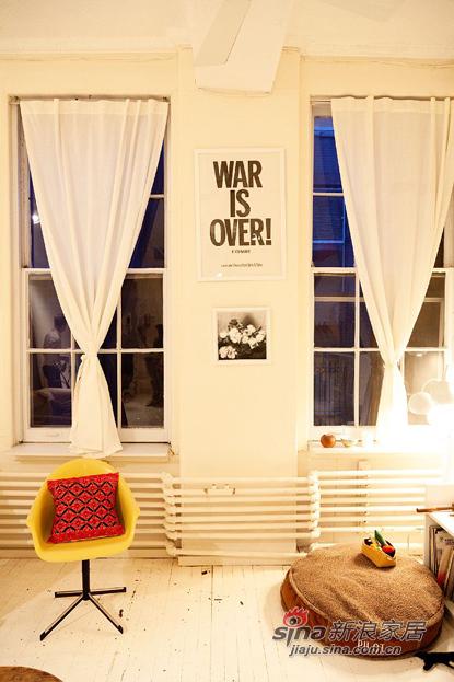 欧式 复式 客厅图片来自用户2772856065在三口之家8万简约风108平两房两厅72的分享