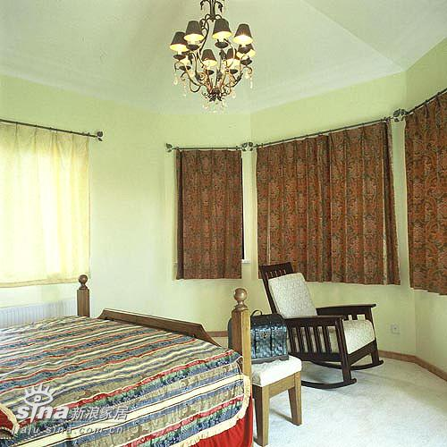 欧式 三居 卧室图片来自用户2746869241在至美欧式装修图片22的分享