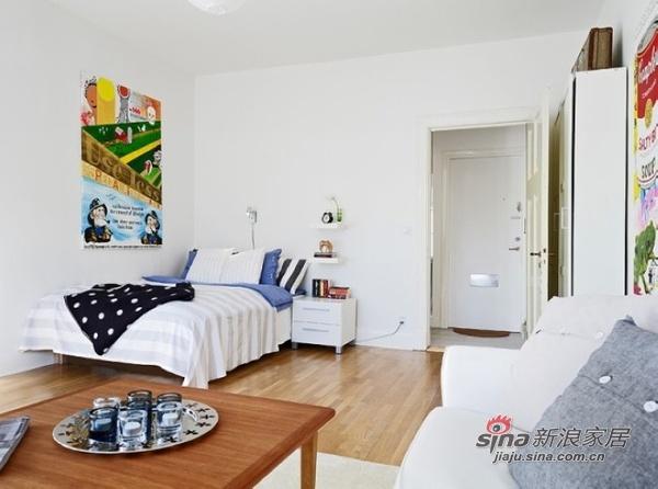 欧式 二居 客厅图片来自用户2757317061在37平米小户型 单身贵族清新淡雅的春天公寓97的分享