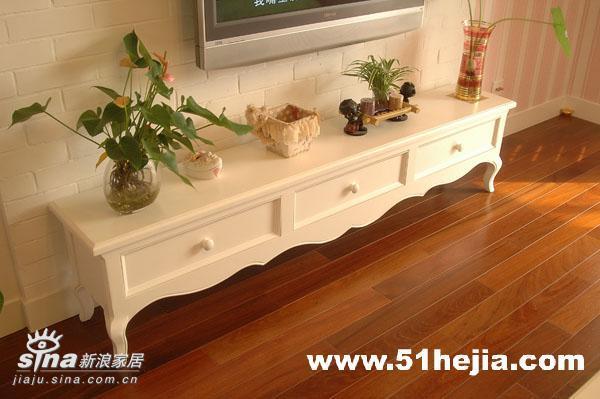 欧式 二居 客厅图片来自用户2746948411在童话公主的森林湾11的分享