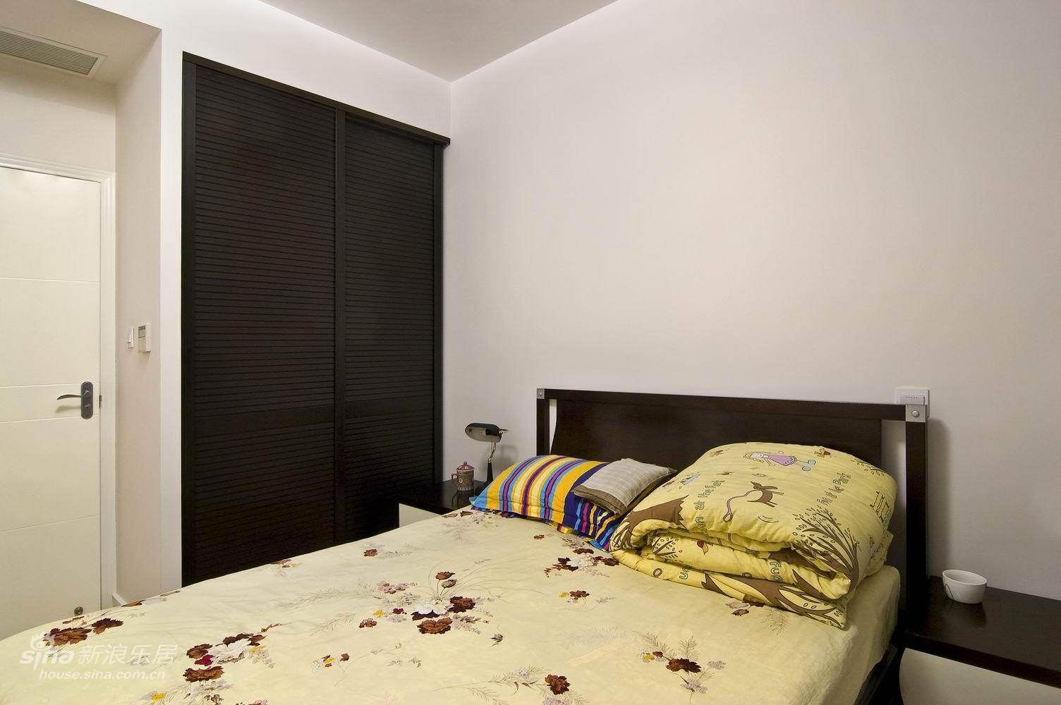 简约 三居 客厅图片来自用户2557979841在明园都市森林74的分享