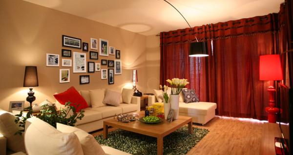 亲,你更钟爱于哪款照片墙呢?它记载了我们走过的每个角落,洋溢的满满的都是爱~