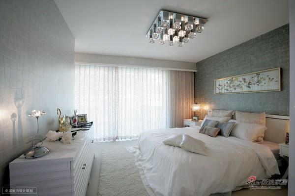 大卧室,大的落地,大的空间,很华丽