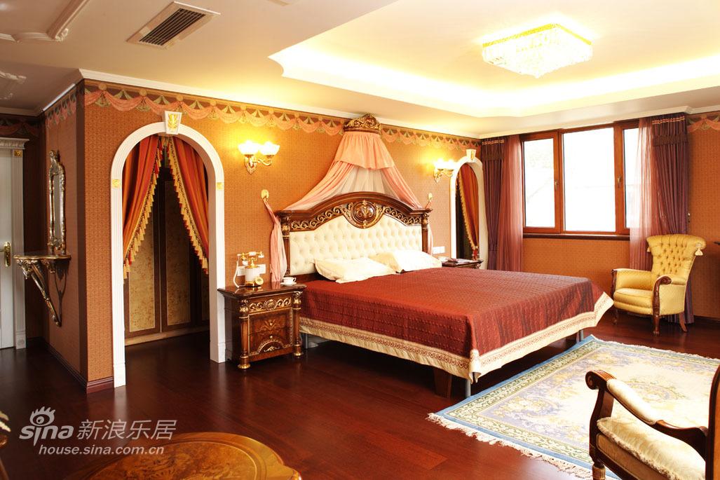 欧式 三居 卧室图片来自用户2772873991在凡尔赛宫的奢华21的分享