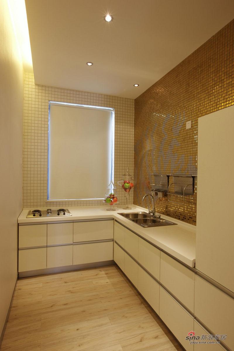 简约 三居 客厅图片来自用户2739081033在7万打造122平欧式简约家 看深圳人的美居15的分享