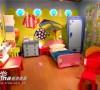 还是儿童房,适合年幼的孩子,娱乐区和睡眠区在一起