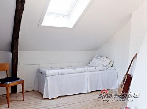 简约 复式 卧室图片来自城市人家犀犀在109平米入住实景照片79的分享