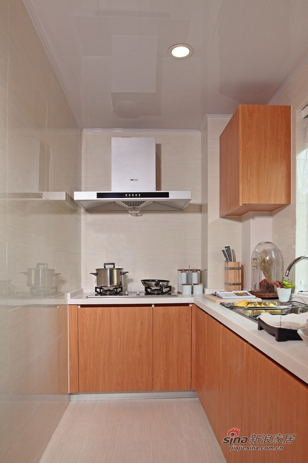 混搭 二居 厨房图片来自装修微日记在【高清】11万营造98平现代混搭两居60的分享