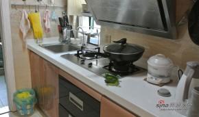 简约 一居 厨房 屌丝 80后图片来自用户2739153147在新婚小夫妻5万打造56平三口之家79的分享