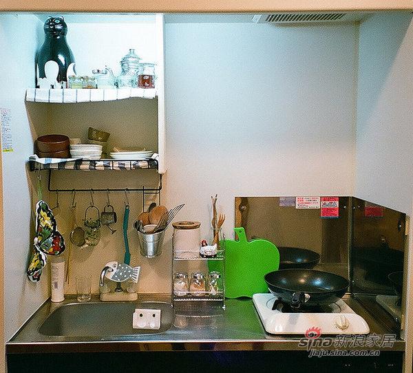 简约 公寓 厨房图片来自用户2737950087在20平的日系简约家居86的分享
