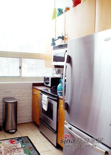 简约 二居 厨房图片来自用户2558728947在色彩控精心设计70平艺术感美家74的分享