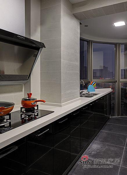 简约 三居 厨房图片来自装修微日记在【高清】9万打造138平简约大气时尚之家80的分享