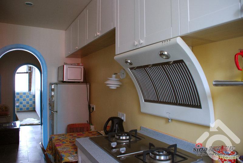 地中海 一居 厨房图片来自用户2757320995在小夫妻5万改造30平地中海37的分享