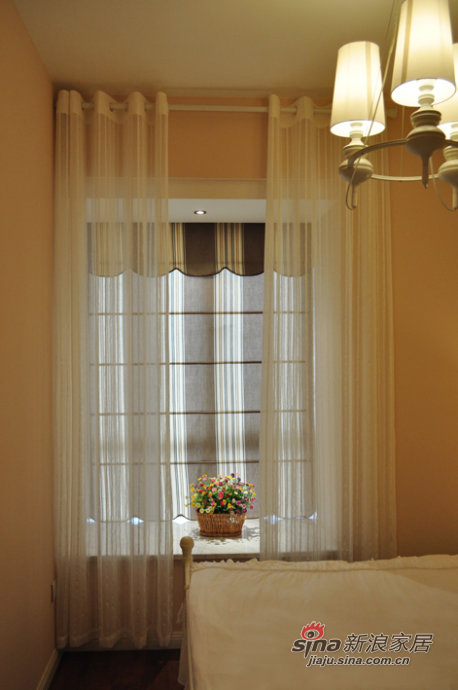 简约 三居 卧室图片来自佰辰生活装饰在8万打造94平时尚现代3居室44的分享